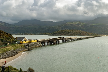 97304, 97303, 1Z37, Barmouth bridge